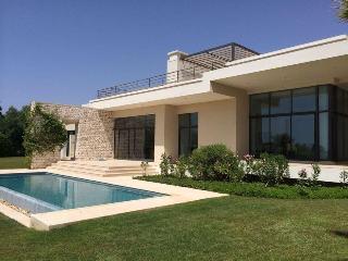 Très belle Villa au Golf de Mogador - Fam El Hisn vacation rentals