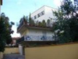 Very Calm Studio with Garden, Parking and Wifi - Florence vacation rentals