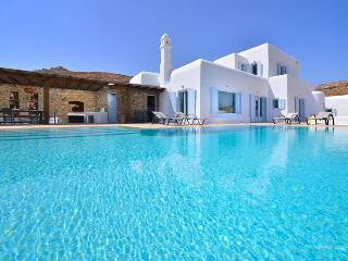 Aethra - a stylish 320 m2 villa in Mykonos - Mykonos vacation rentals
