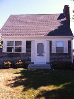 Charming Cape Cod Cottage/ Walk to Beach/Canal - Sandwich vacation rentals