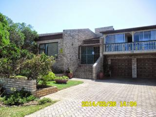 Jeffrey's bay 3 level beachfront holiday house - Eastern Cape vacation rentals