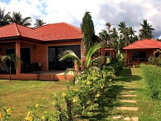 2-bedroom villa on the beach - Koh Phangan vacation rentals