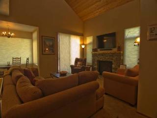 #523 Golden Creek - June Lake vacation rentals