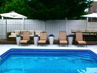 Stylish Guest House, Pool, Continental Breakfast, Daily Maid Service - Martha's Vineyard vacation rentals