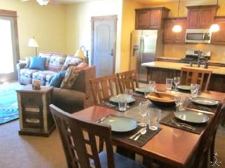 Perfect Easy access! Aloha Bear, supr close 2 lfts - Brian Head vacation rentals