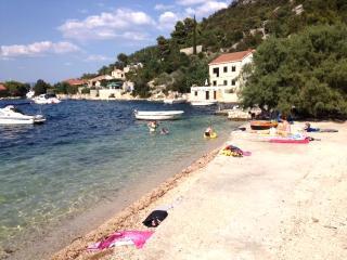 Waterfront 3 bedroom apartment  in Mljet - Dubrovnik vacation rentals