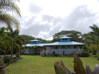 Island Breeze Bungalows - A piece of Paradise - Keaau vacation rentals