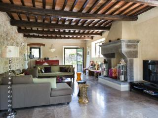 Panoramic Country Views at Le Pratola Chianti - Gaiole in Chianti vacation rentals