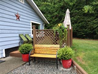 Middlewood Cottage - Mayne Island vacation rentals