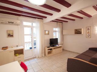Gotico IV- Ramblas apartment - Barcelona Province vacation rentals