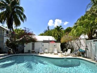 TROPICAL VILLAGE 6 Homes w/ Pvt Pool & BBQ Grill. Great For Large Parties! - Florida Keys vacation rentals