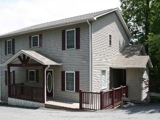 Deer Ridge 146 great views from this centrally located condo - Blowing Rock vacation rentals