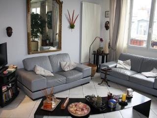 5 guests-2BR-100sqm Paris Rue Amelot-1050€ #218 - Paris vacation rentals