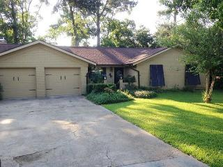 Seashells by the Seashore - 3 Bedroom / 2 Bath Home in Beautiful Long Beach - Mississippi vacation rentals