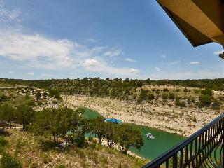 2BR Vineyard Villa on Lake Travis, Spectacular Lake Views, Sleeps 6 - Lago Vista vacation rentals