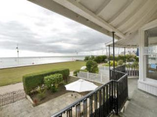 Sea house on the beach. - West Sussex vacation rentals