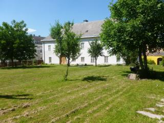 Hohe Schule- Garden combi - Loosdorf vacation rentals