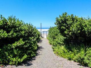 Cape Cod Cottages - Unit 12 - Seal Rock vacation rentals