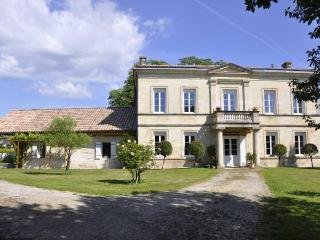 Self-catering  in stone house near Bordeaux - Pessac vacation rentals
