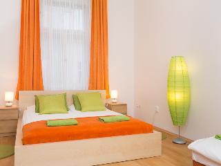 I`M Sunrise Apartment, 10 minutes downtown - Prague vacation rentals