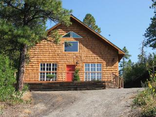 Romantic Cottage Adjoins San Juan National Forest - Pagosa Springs vacation rentals