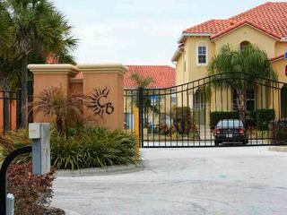 1.5 Miles to Disney Lovely 3BR/BA Townhouse - Four Corners vacation rentals