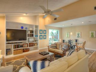 Seashell Cottage - East Beach ~ pet friendly - Saint Simons Island vacation rentals