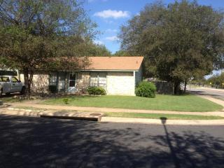 Austin Four Bedroom House Near 35 - Austin vacation rentals