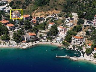 Apartment Davor Tomaš - Brela vacation rentals
