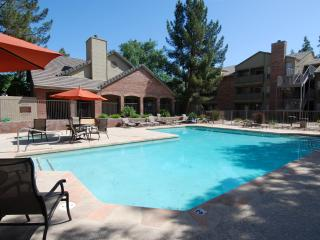 Condo near ASU and Downtown Tempe - Tempe vacation rentals