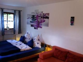 Vacation Apartment in Oberammergau - 301 sqft, Central, quiet location, bright, cozy furnished (# 4257) - Oberammergau vacation rentals