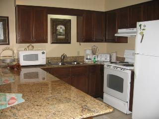 Gorgeous Views of Gulf of Mexico from 2 Bedroom at Emerald Shores - Destin vacation rentals