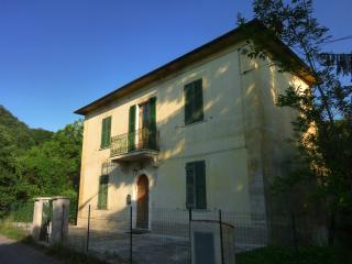 Hilltop Tuscan Villa - Bagnone vacation rentals