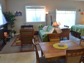 The Garden Room Sequim Retreat - Sequim vacation rentals