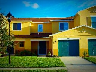 Luxurious Gated Compass Bay Condo Privacy & Rest. - Kissimmee vacation rentals