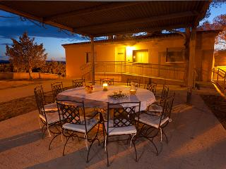 Impressive villa sizing 235sq meters, cozy atmosphere (Always on request) - Cascante vacation rentals