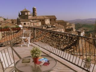 Casa Petrarca - Montalto delle Marche vacation rentals