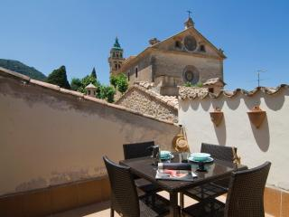 SLEEPING IN A PALACE TOWER - Valldemossa vacation rentals