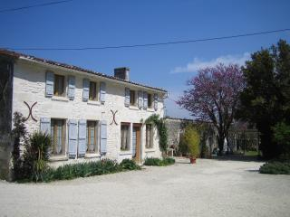 Gite Ecureuil - Charente-Maritime vacation rentals