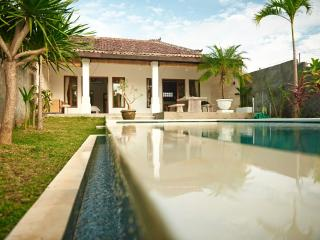 Deva Deyam villa - Nusa Dua vacation rentals