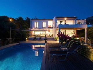 Exclusive, High-spec Villa with Spectacular Views - Alcudia vacation rentals