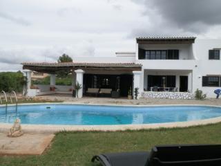 Villa in Bossa for 12pax+pool - Playa d'en Bossa vacation rentals