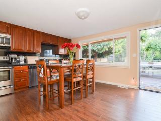 Newly Remodeled Bungalow 1 BLK from Beach, Seattle - Seattle vacation rentals