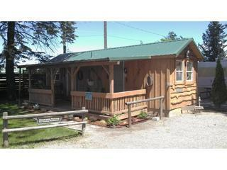 Cowboy Bunkhouse-porch,double bed,hand water pump - Post Falls vacation rentals