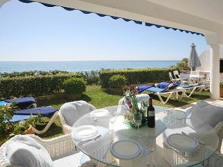 Beach Villa on between Puerto Banus and Marbella - Marbella vacation rentals