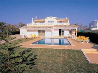 Quality 3bdr villa in a beautiful rural scenery - Albufeira vacation rentals