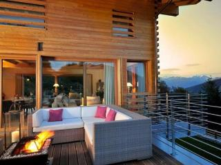 Chalet Tiger's Nest CATERED - Les 4 Vallées - Sachseln vacation rentals