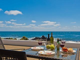 Casita Ocean View with sea views just 10 meters from the Sea - Punta Mujeres vacation rentals