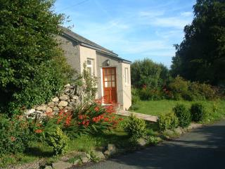 Woodland Cottage, Cartmel, on its own in farmland - Cartmel vacation rentals
