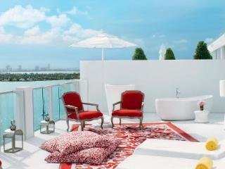 Mondrian Studio w/Amazing View & Balcony - Miami Beach vacation rentals